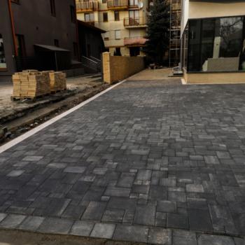 Realizacja Brukarska | Wenecja Antracyt i Agat | Kompleksowa